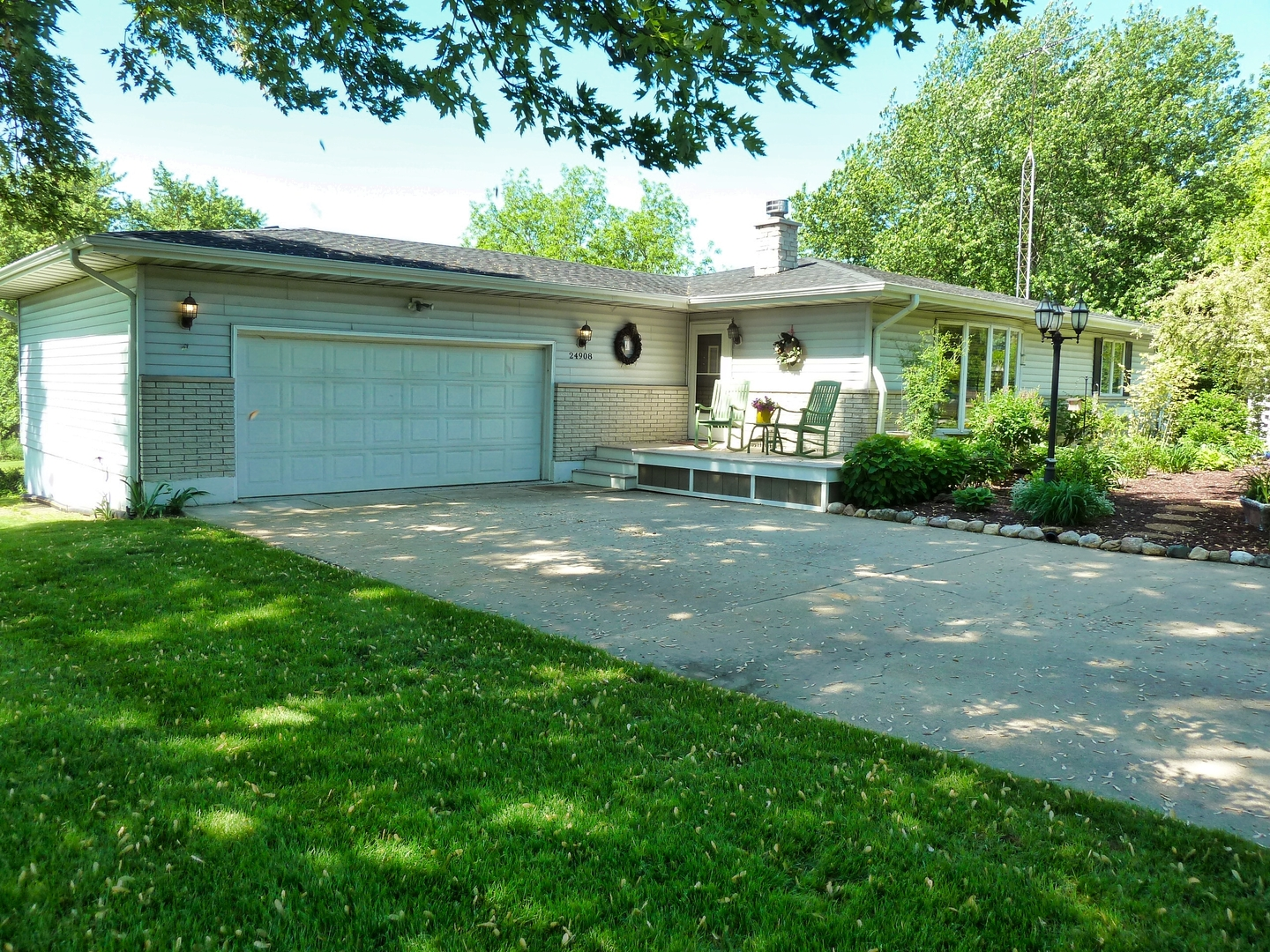 Property for sale at 24908 South Hemphill Drive, Elwood,  Il 60421