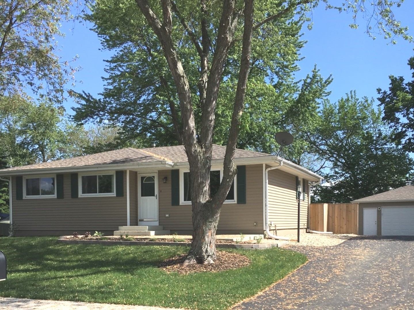 Property for sale at 110 Bush Drive, Elwood,  Il 60421