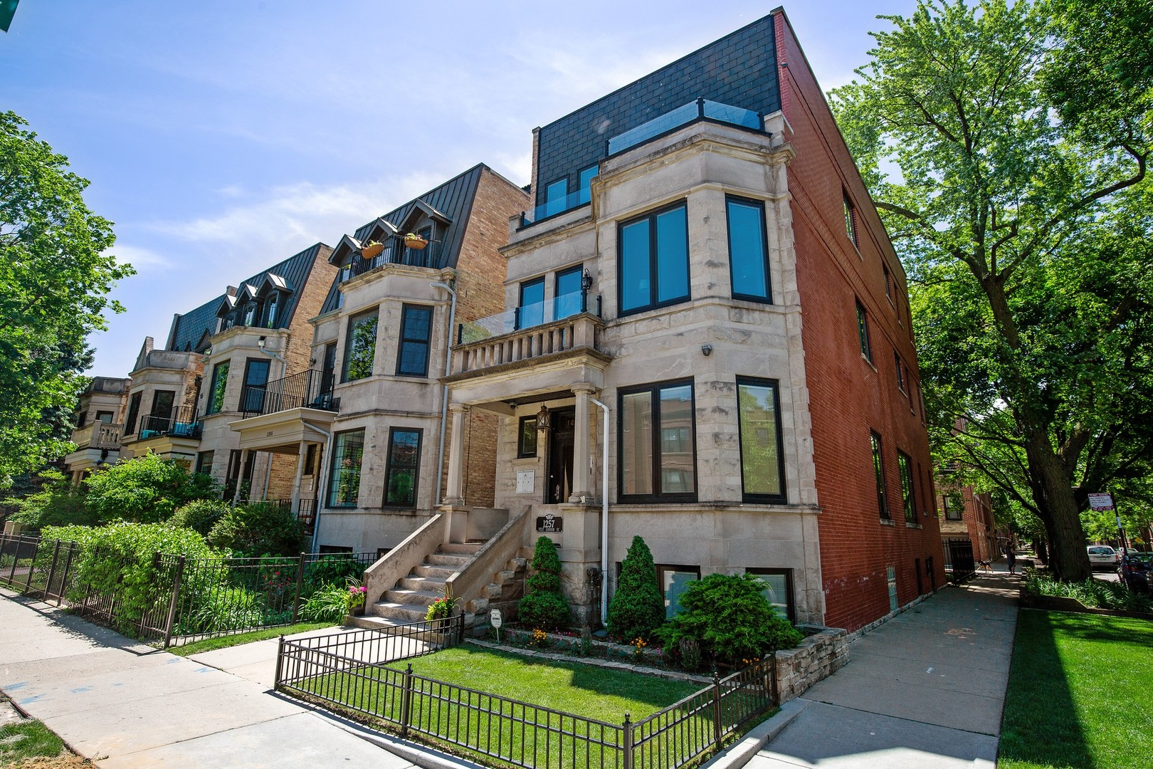Property for sale at 1257 West Addison Street Unit: 3, Chicago-CHI - Lake View,  Il 60613