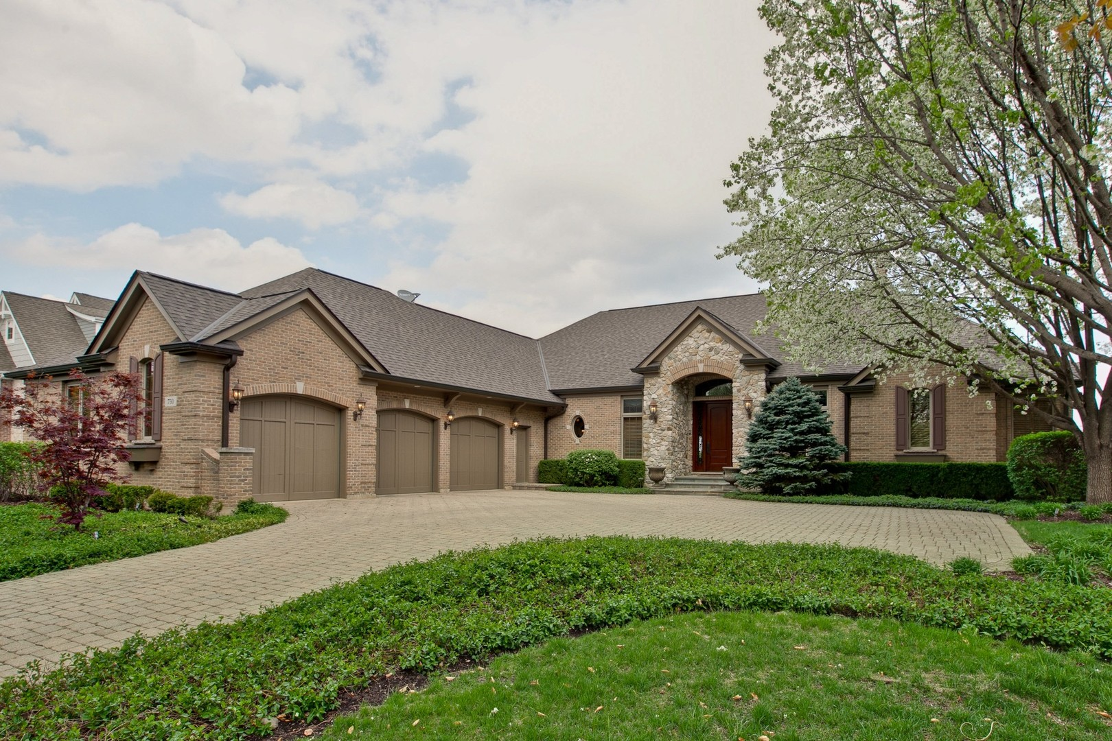 Property for sale at 730 Mason Lane, Lake In The Hills,  Il 60156