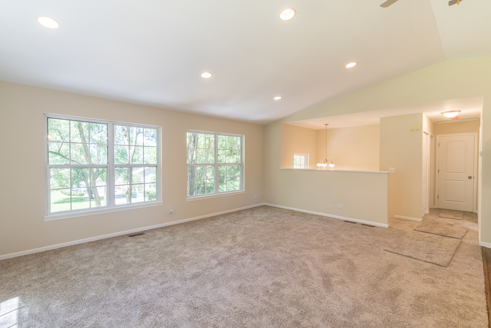 wonder lake hispanic singles Sold: 6 bed, 25 bath, 2534 sq ft house located at 8304 howe rd, wonder lake, il 60097 sold for $229,900 on jun 22, 2018  single family residential.