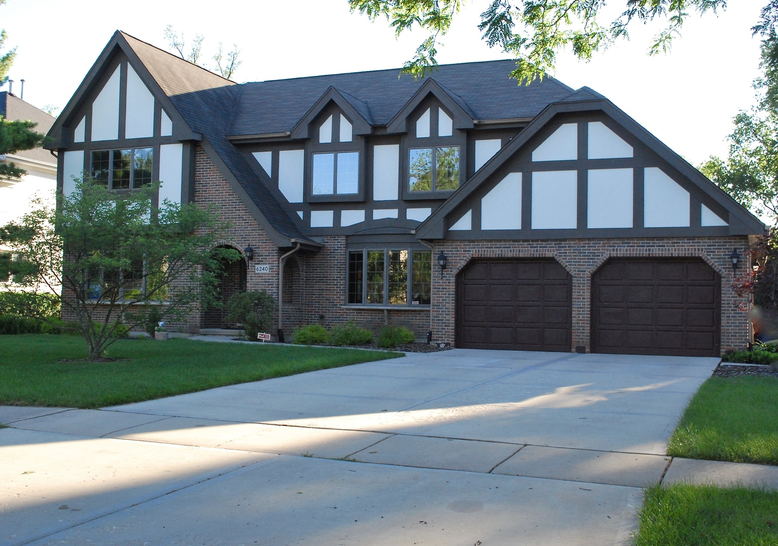 Property for sale at 6240 Squire Lane, WILLOWBROOK,  Il 60527