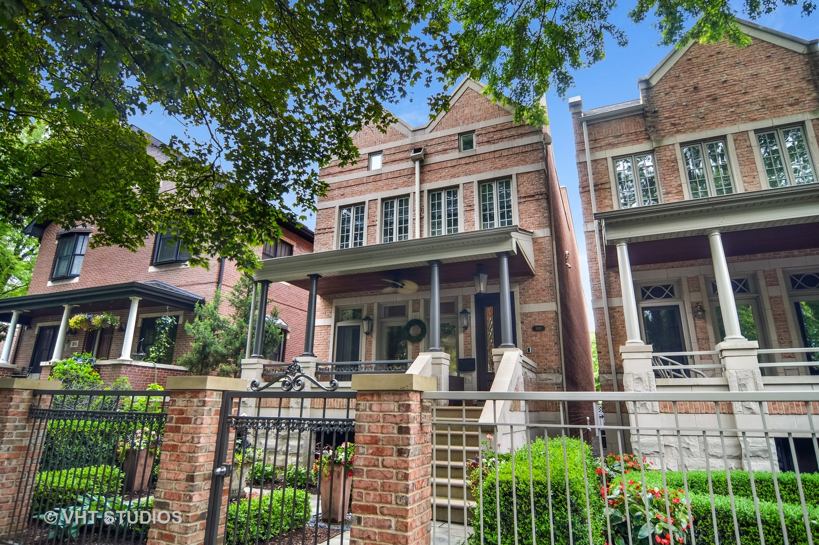 Property for sale at 3818 North Janssen Avenue, Chicago-CHI - Lake View,  Il 60613