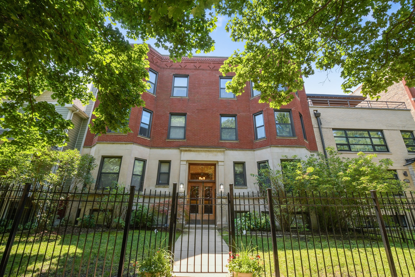 Property for sale at 1455 West Cuyler Avenue Unit: 3E, Chicago-CHI - Lake View,  Il 60613