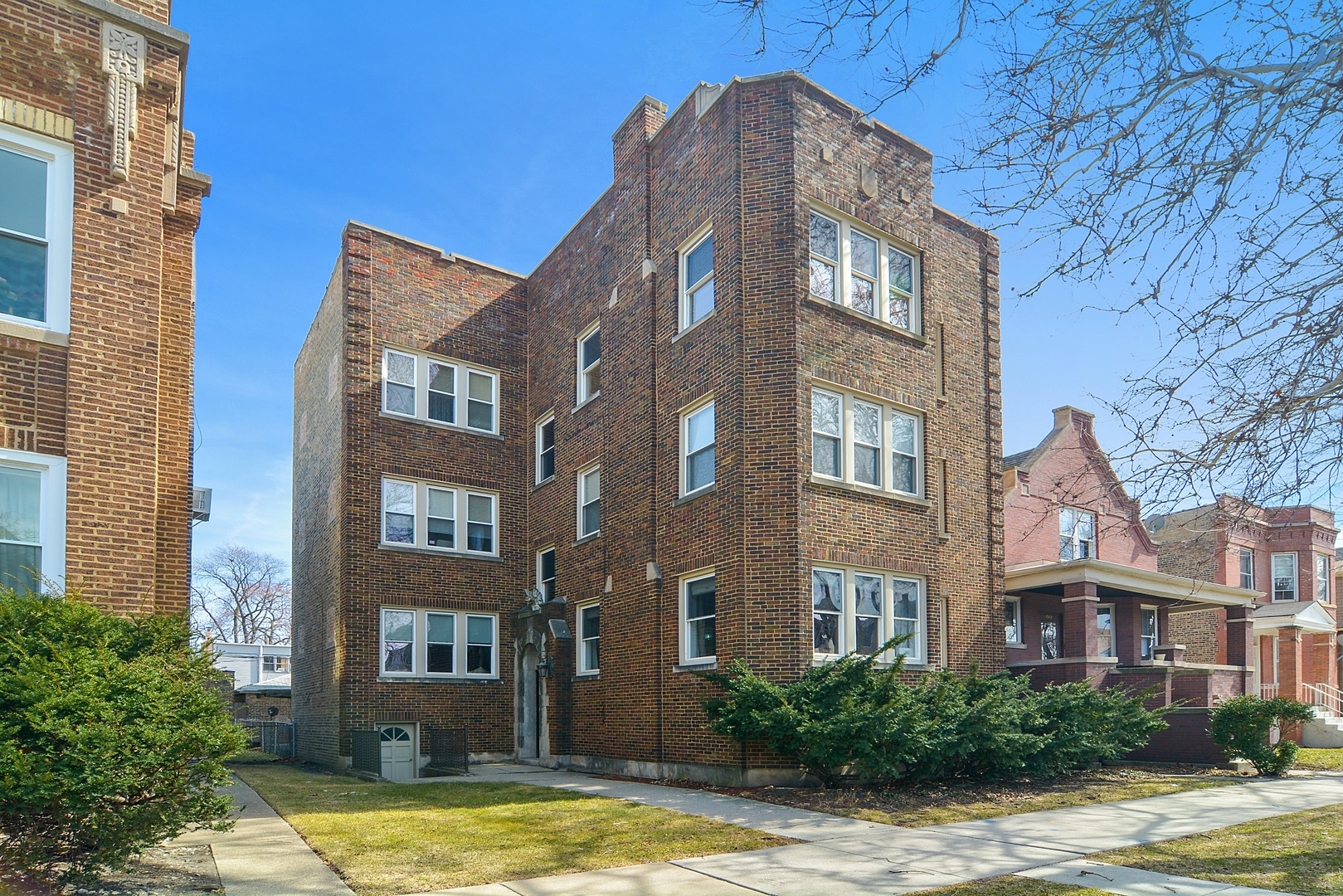 Property for sale at 4521 North Harding Avenue, Chicago-CHI - Albany Park,  Il 60625