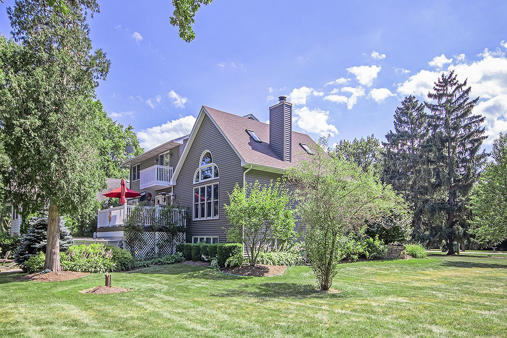 Property for sale at 2606 South Riverside Drive, Mchenry,  Il 60050