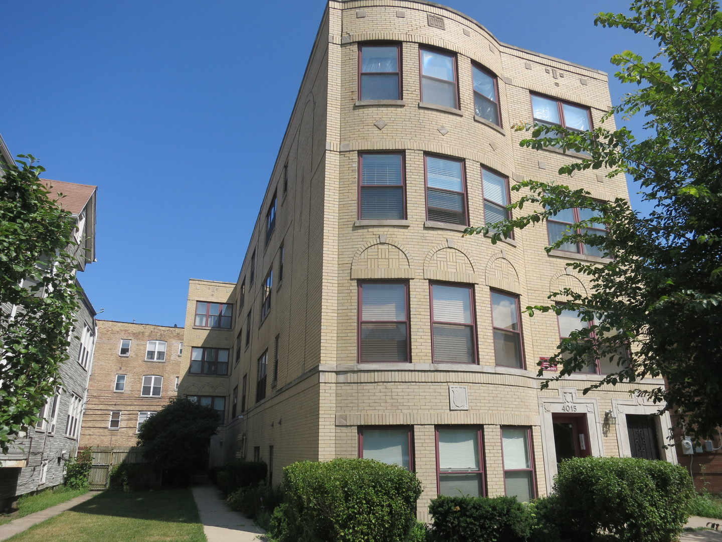 Property for sale at 4017 North Troy Street Unit: 3E, Chicago-CHI - Irving Park,  Il 60618