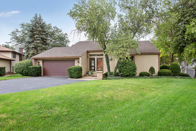 2937 Northcreek Drive, WOODRIDGE, Illinois