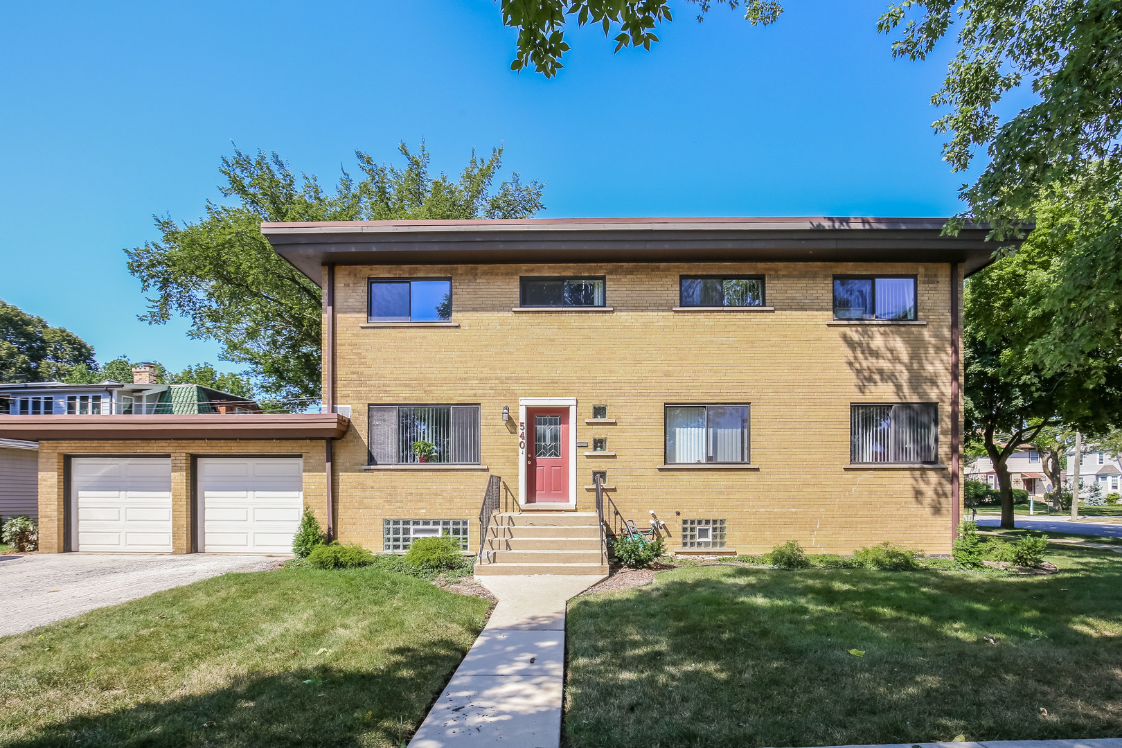 Property for sale at 2 West Oak Avenue, La Grange Park,  Il 60526