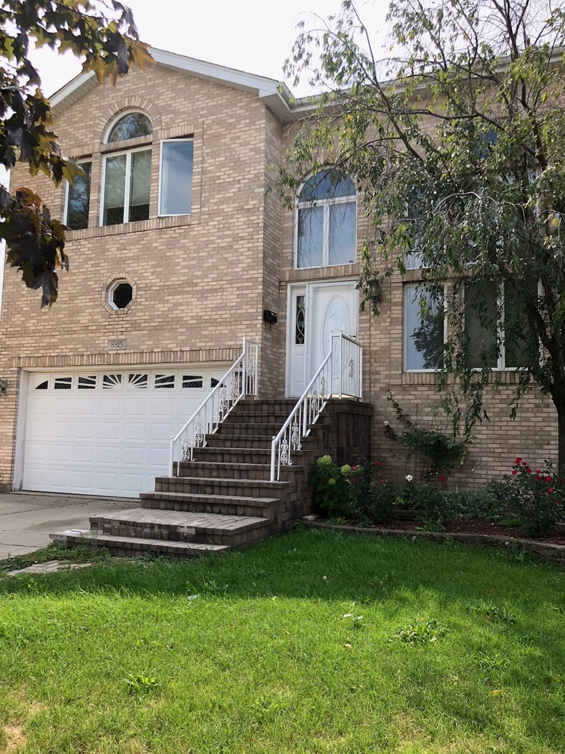 Property for sale at 8815 Congress Park Avenue, Brookfield,  Il 60513
