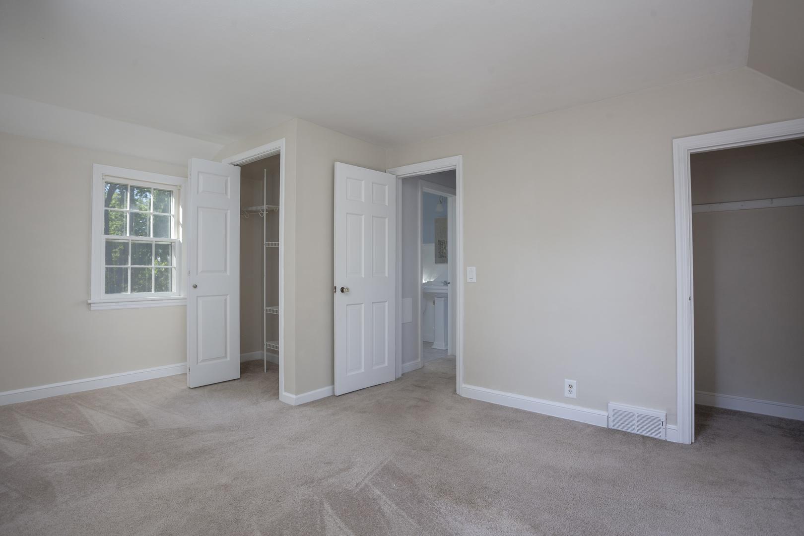 loves park senior singles 3 bedrooms / 2 bathrooms $79300 / month 3 bedroom single family home for rent in loves park for $79300.