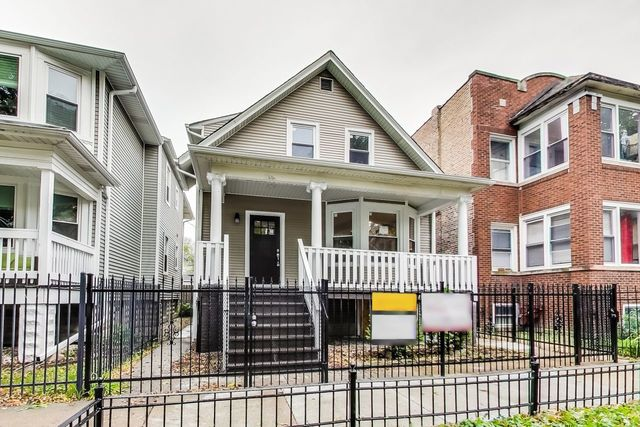 Property for sale at 4437 North St Louis Avenue, Chicago-CHI - Albany Park,  Il 60625