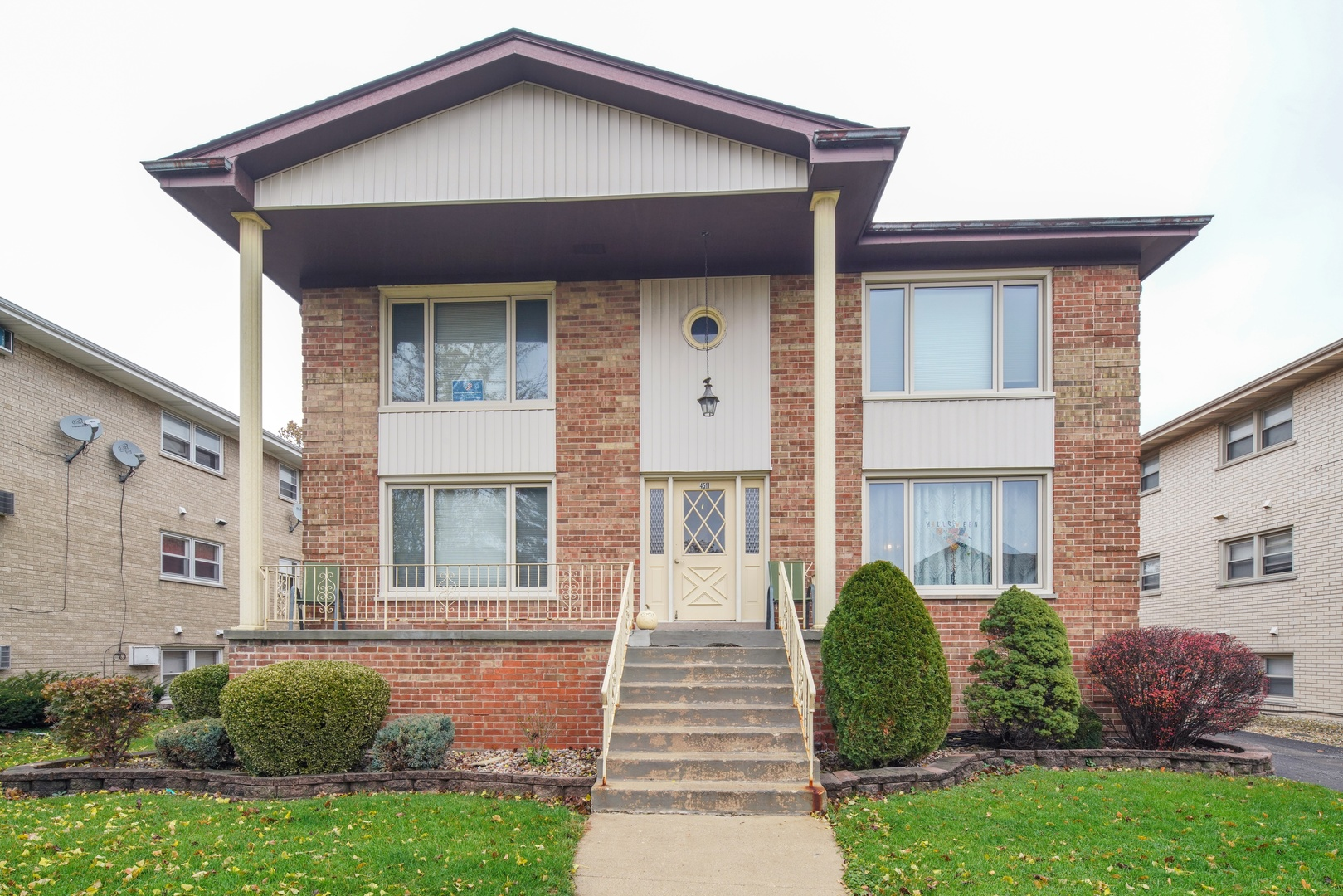 Property for sale at 4511 Grove Avenue, Brookfield,  Il 60513