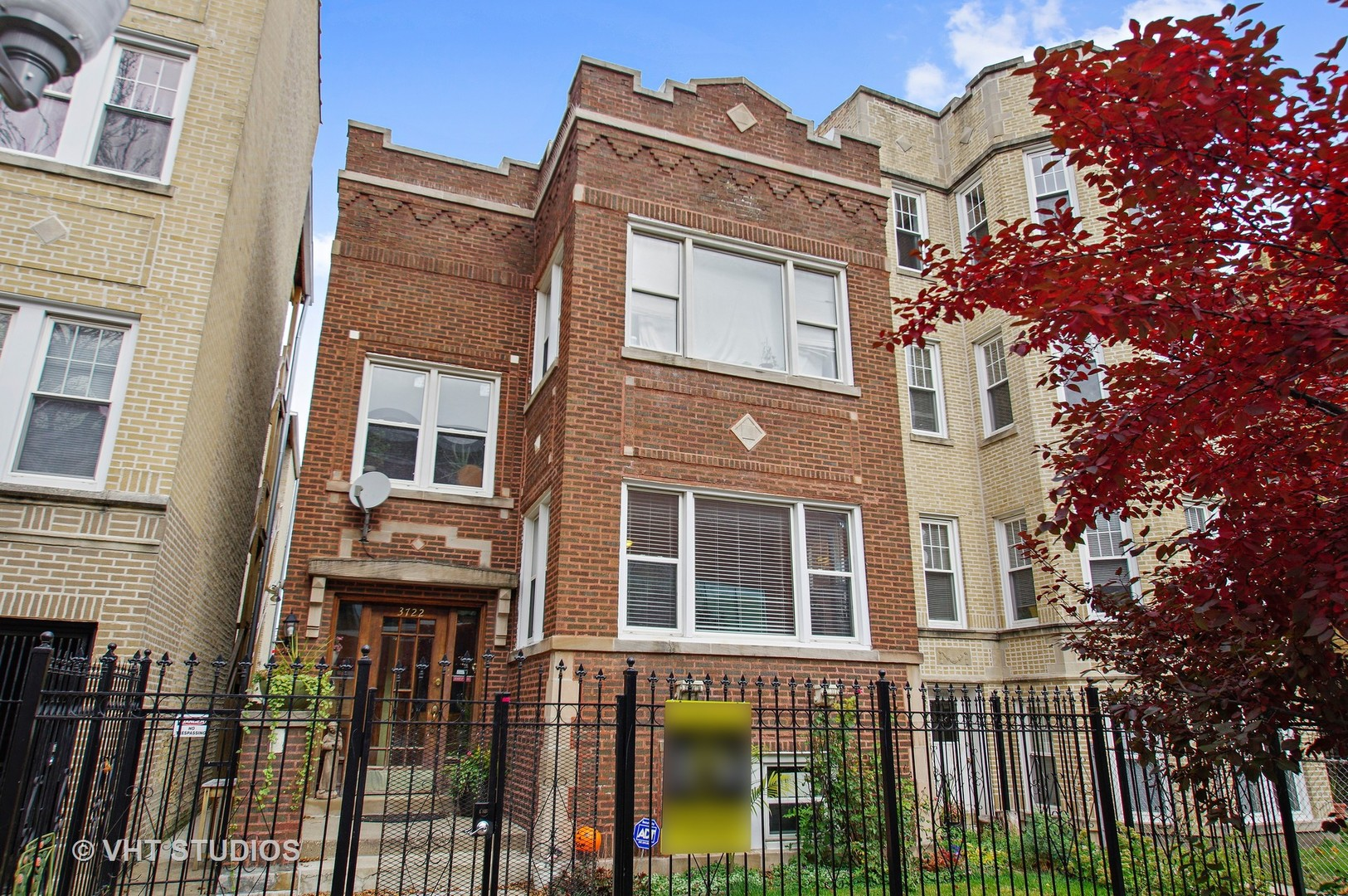 Property for sale at 3722 West Leland Avenue, Chicago-CHI - Albany Park,  Il 60625