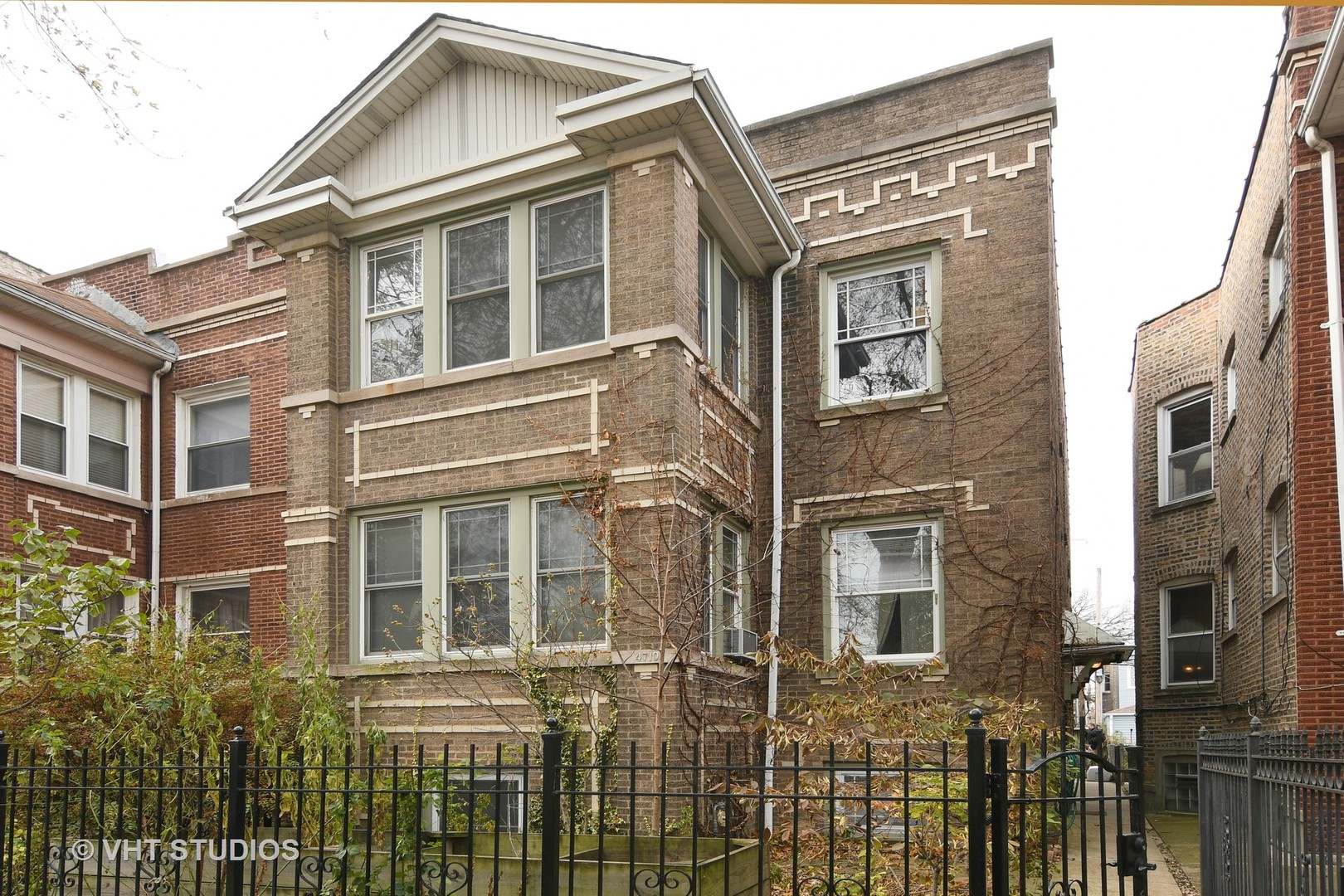 Property for sale at 4710 North Whipple Street, Chicago-CHI - Albany Park,  Il 60625