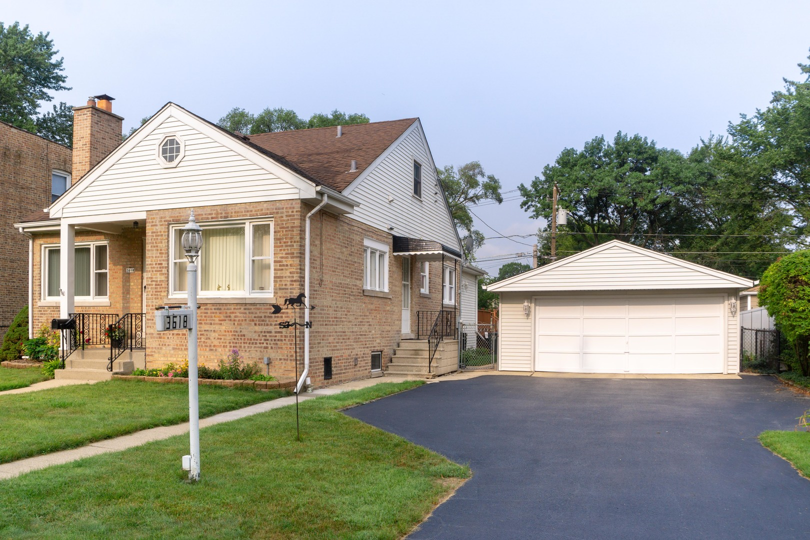Property for sale at 3618 Rosemear Avenue, Brookfield,  Il 60513