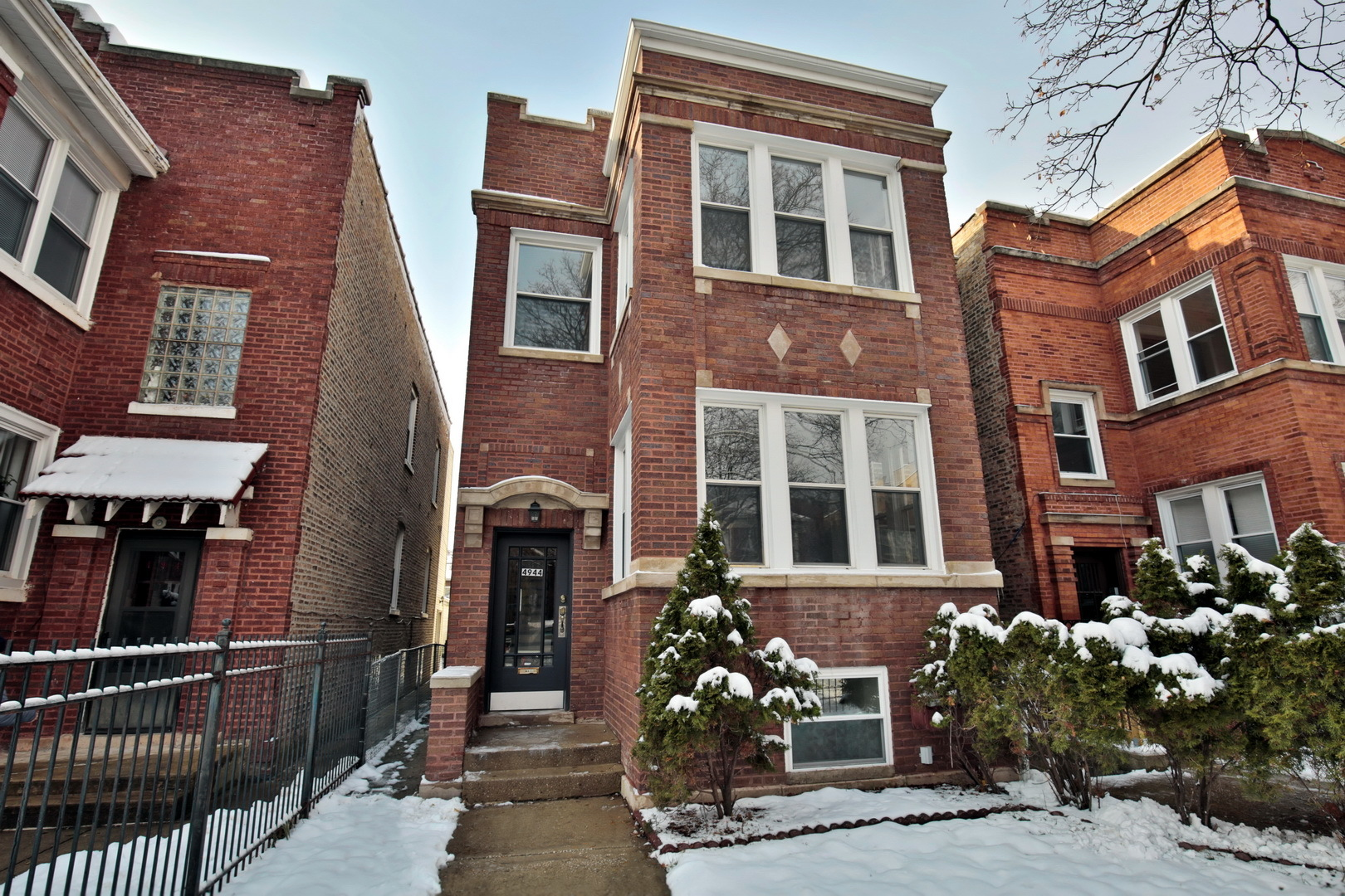 Property for sale at 4944 North Drake Avenue, Chicago-CHI - Albany Park,  Il 60625