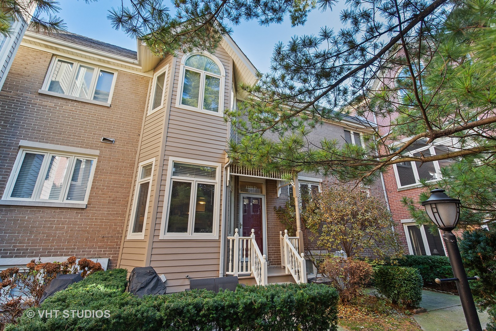 Property for sale at 1231 West Fletcher Street Unit: D, Chicago-CHI - Lake View,  Il 60657