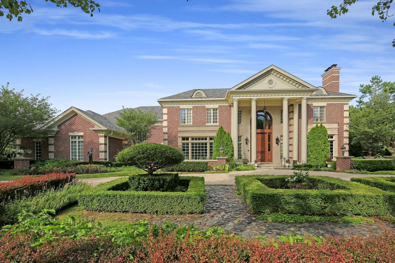 Oak Brook                                                                      , IL - $2,999,000