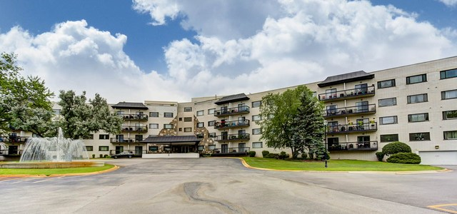 Property for sale at 6700 South Brainard Avenue Unit: 501, Countryside,  Il 60525