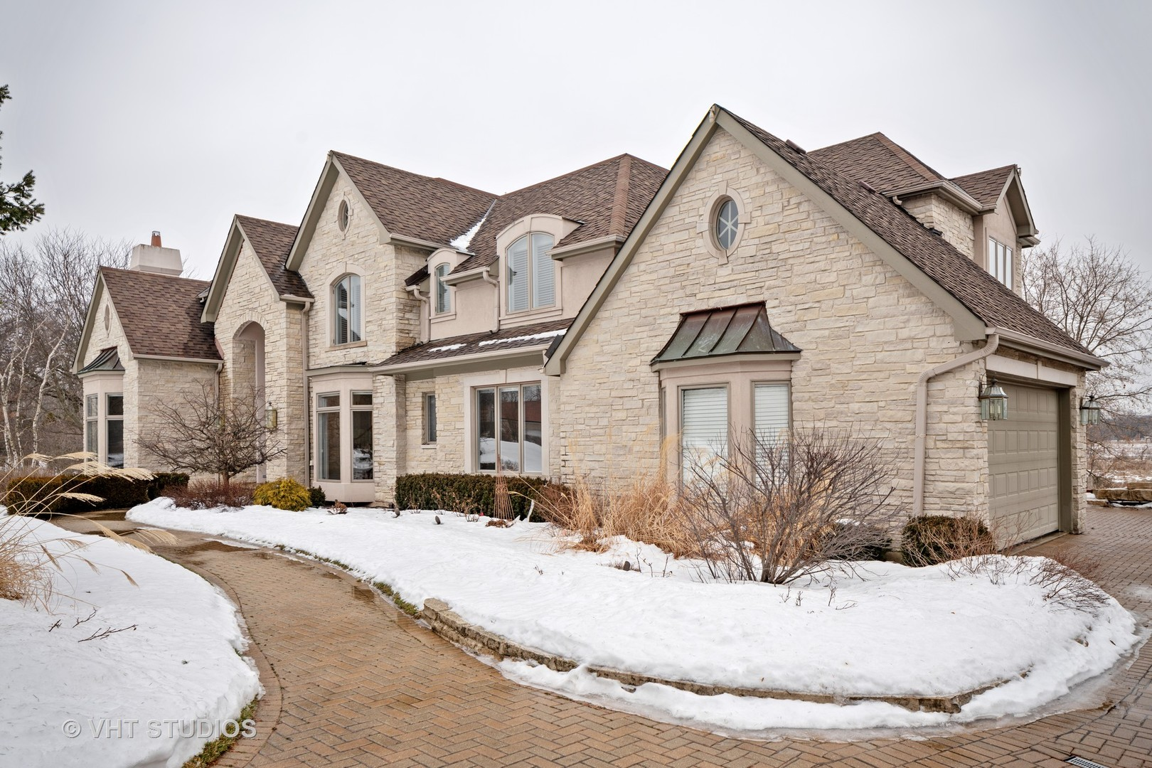 Oak Brook                                                                      , IL - $2,250,000
