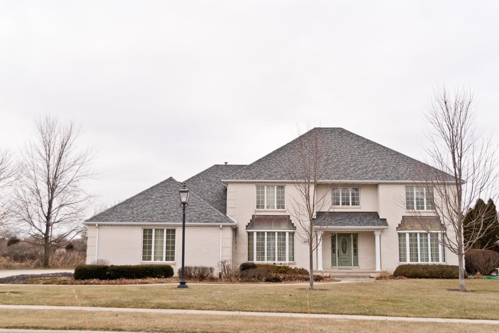 Morris                                                                      , IL - $520,000