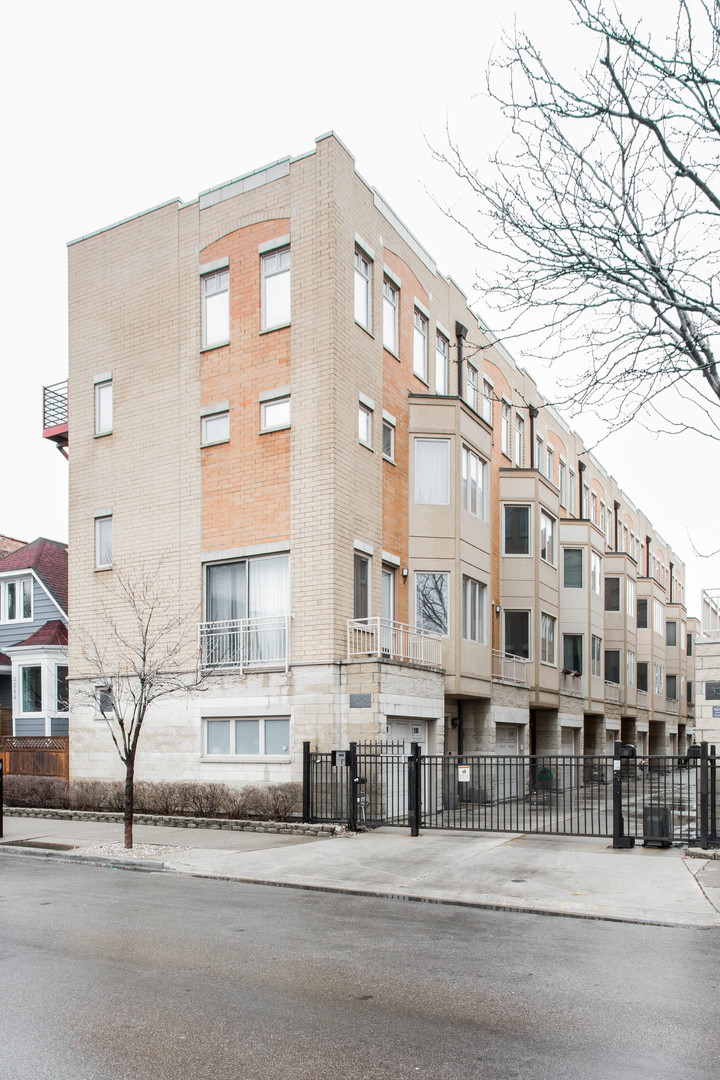 Property for sale at 3262 West Armitage Avenue Unit: 2, CHICAGO,  Il 60647