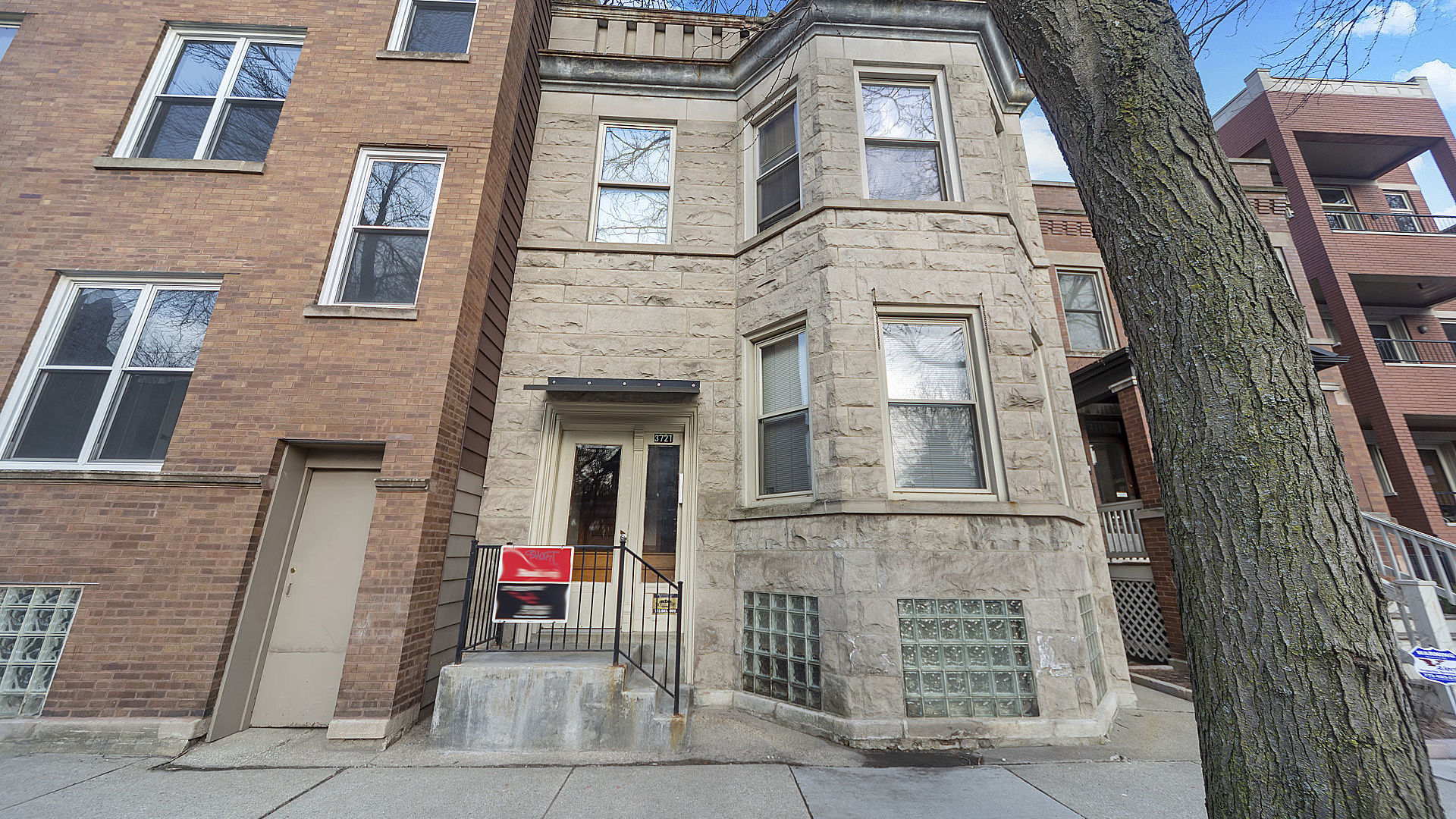 Property for sale at 3721 North Damen Avenue, CHICAGO,  Il 60618