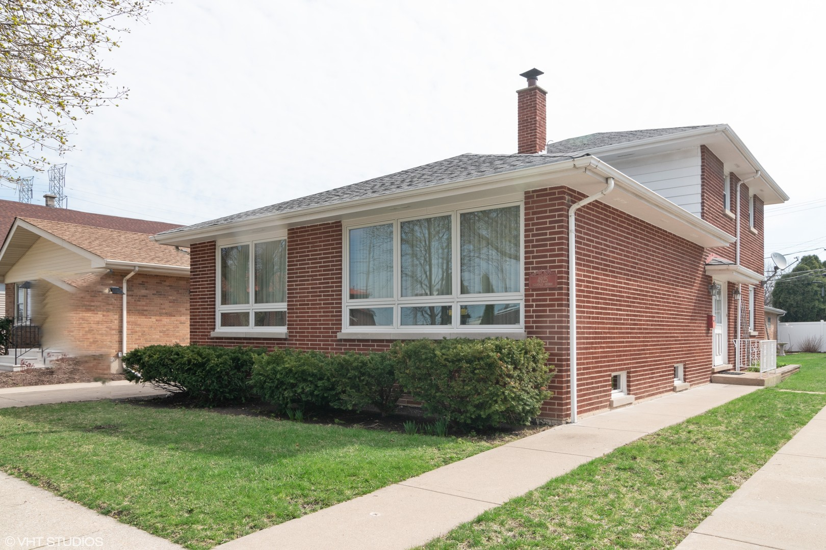 Property for sale at 4925 Egandale Avenue, MCCOOK,  Il 60525
