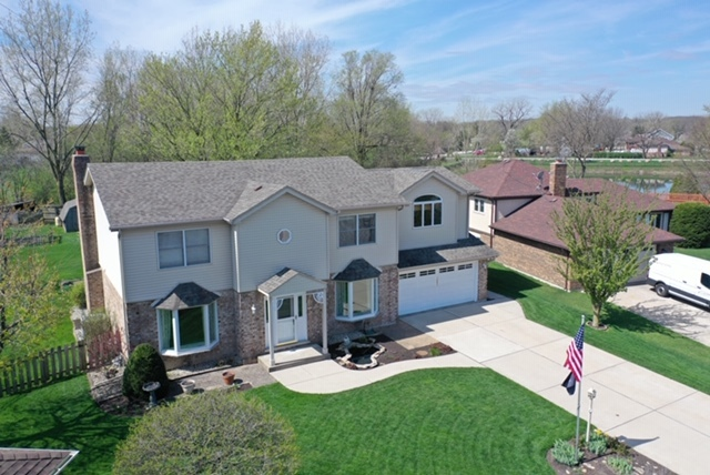 Property for sale at 10853 Chaucer Drive, WILLOW SPRINGS,  Il 60480