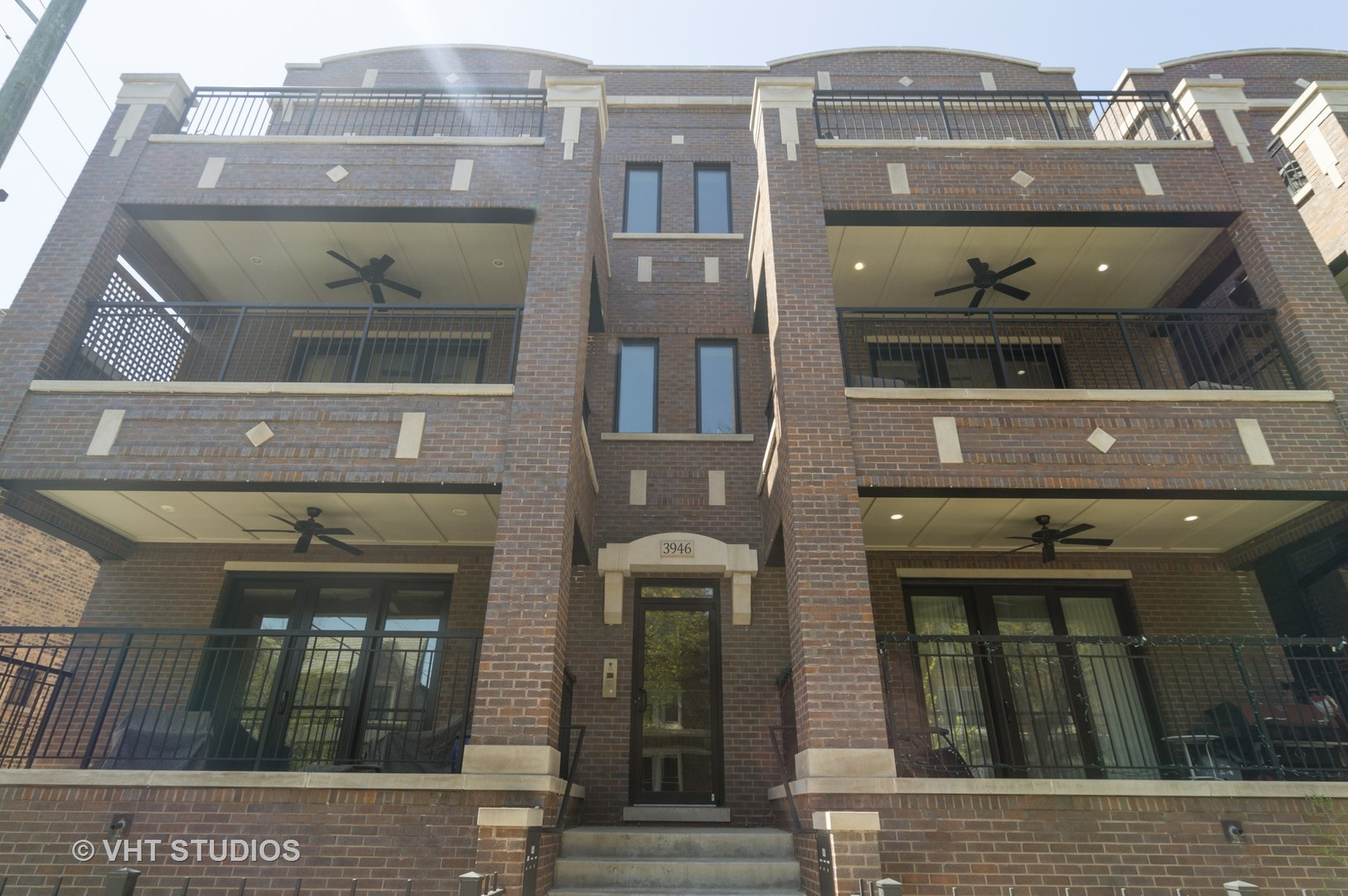 Property for sale at 3946 North Hoyne Avenue Unit: 3S, CHICAGO,  Il 60618