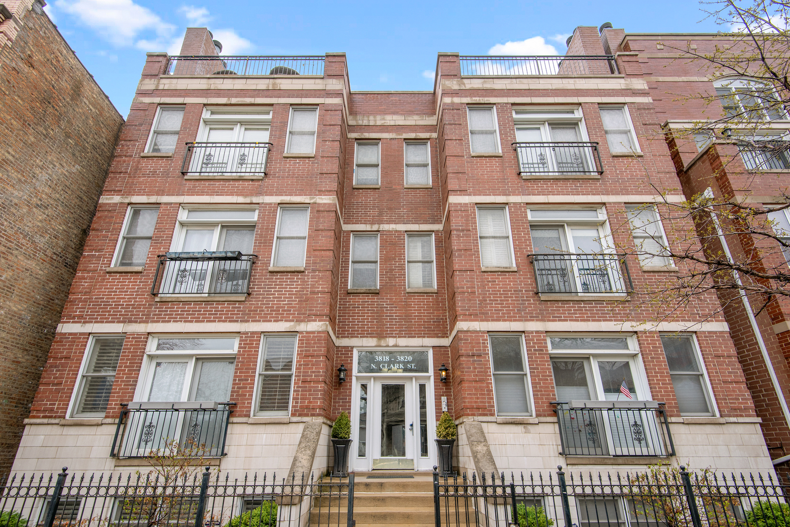 Property for sale at 3820 North Clark Street Unit: 3, CHICAGO,  Il 60613