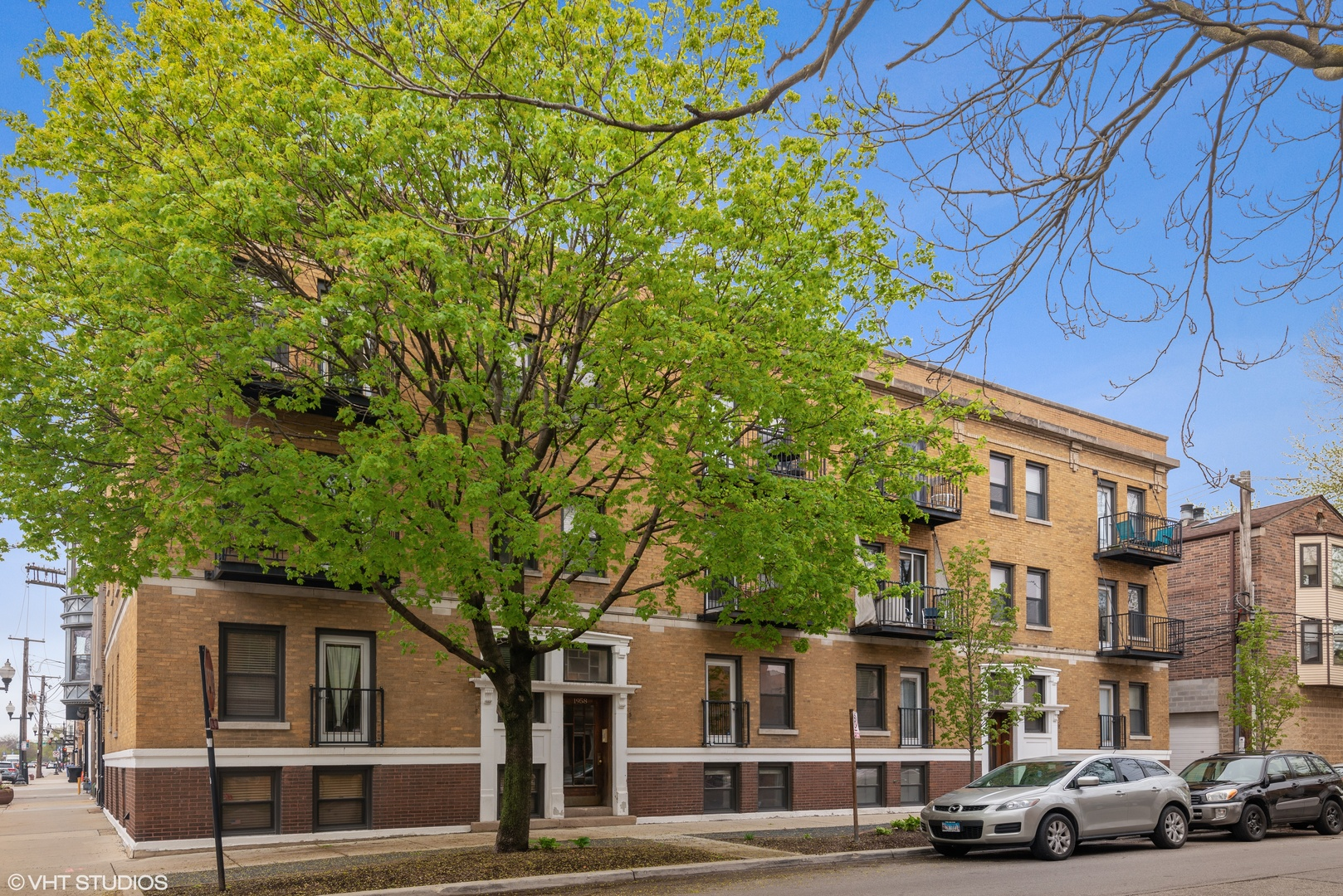 Property for sale at 1958 West Byron Street Unit: 2, CHICAGO,  Il 60613