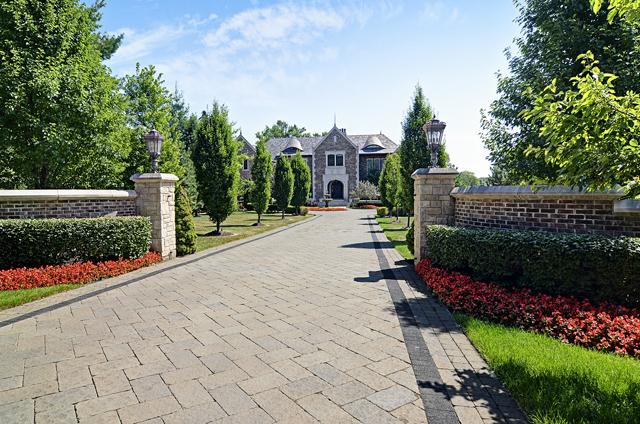 Oak Brook                                                                      , IL - $4,340,000