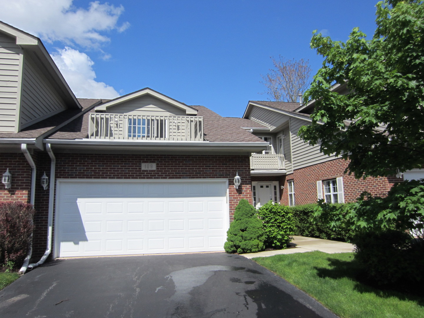 Property for sale at 109 Willow Creek Lane, WILLOW SPRINGS,  Il 60480