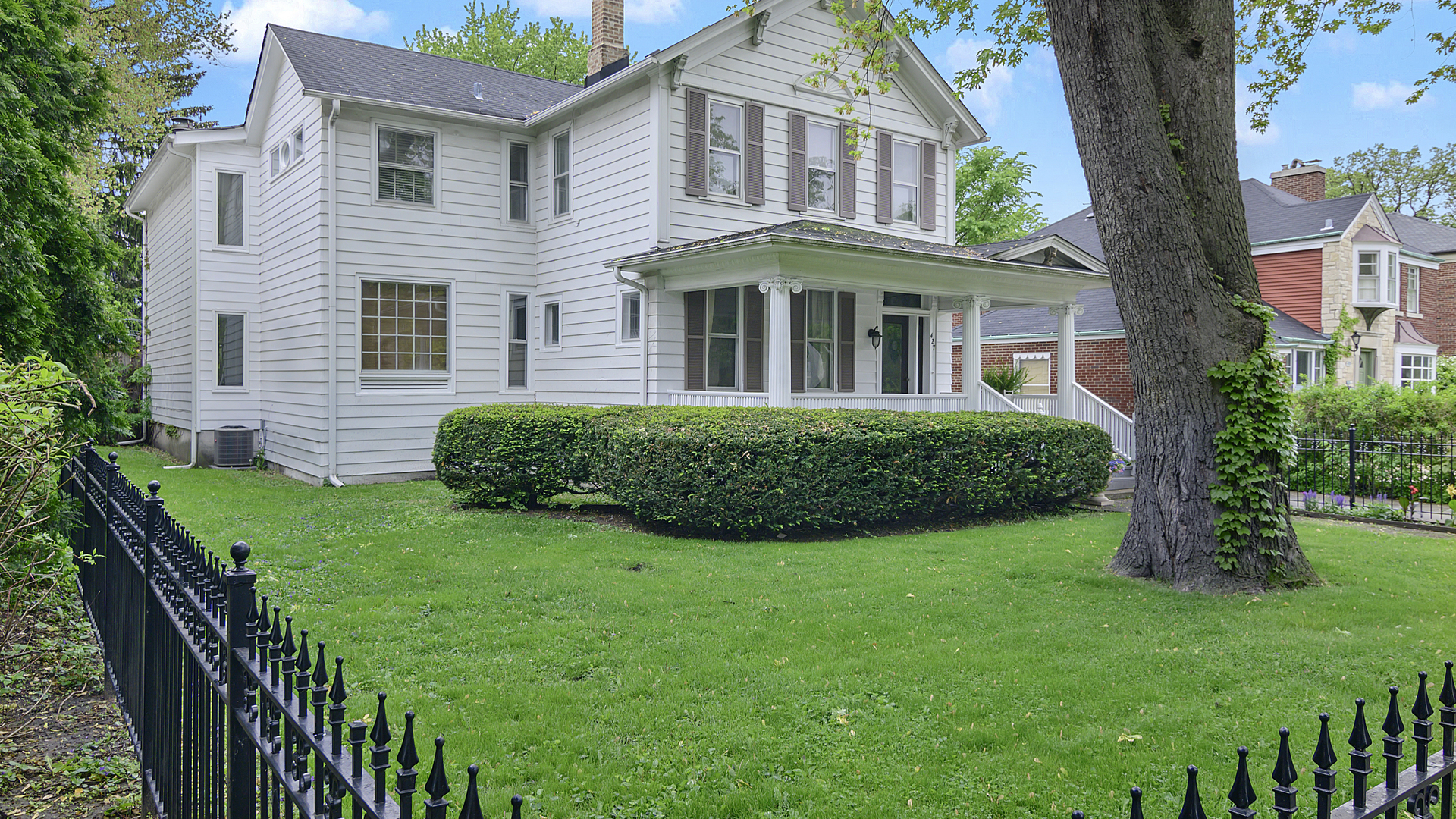 Property for sale at 427 North Oak Park Avenue, Oak Park,  Illinois 60302