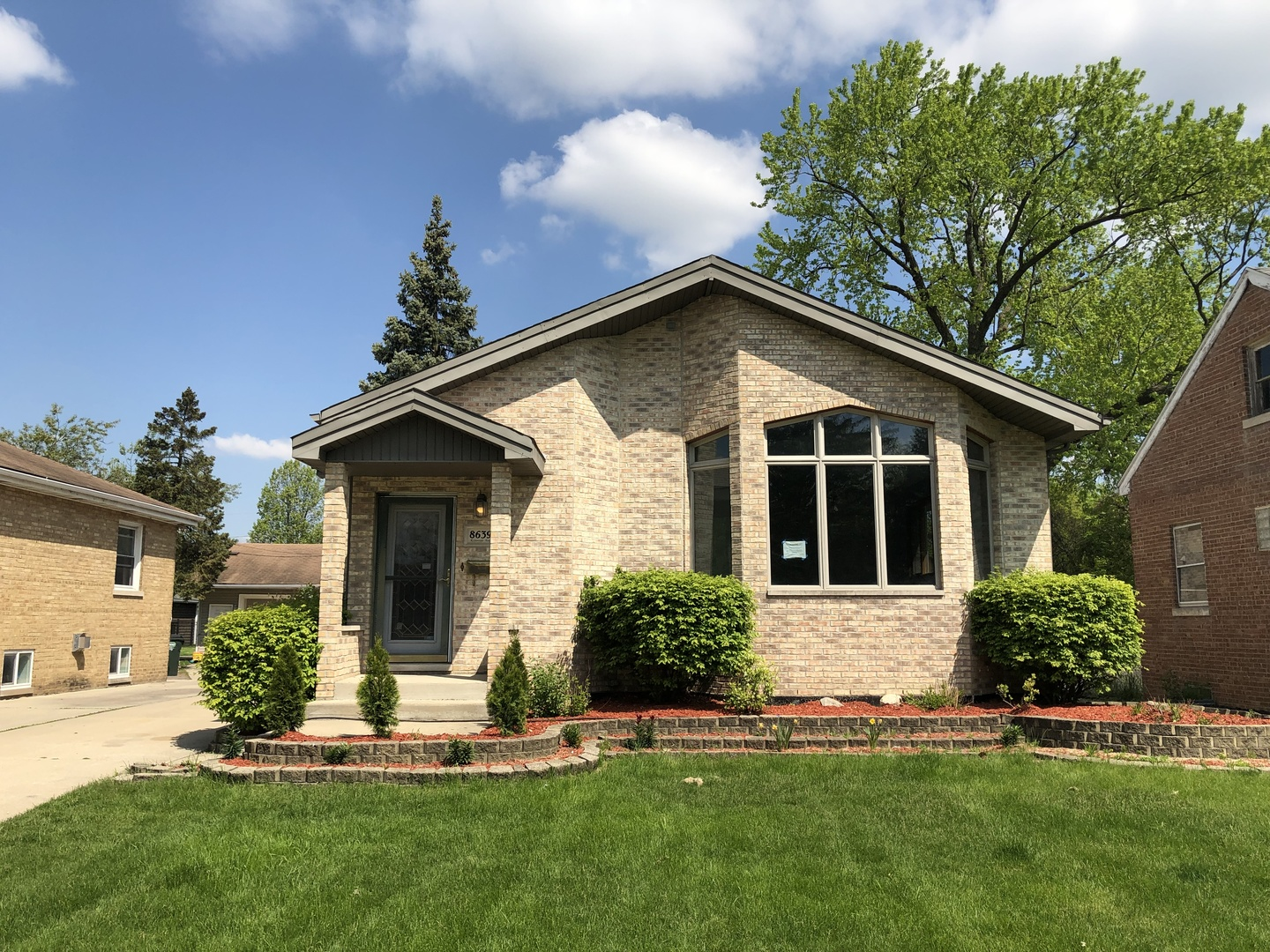 Property for sale at 8639 Riverside Avenue, BROOKFIELD,  Il 60513
