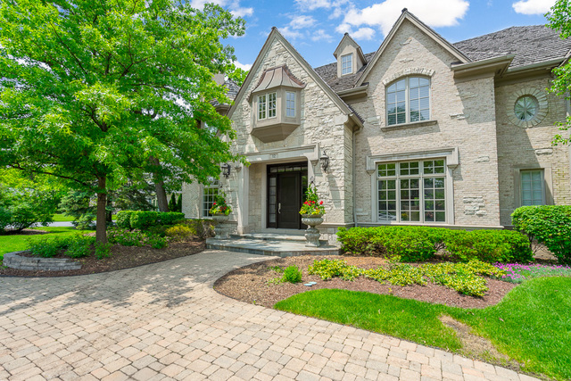 Oak Brook                                                                      , IL - $2,300,000