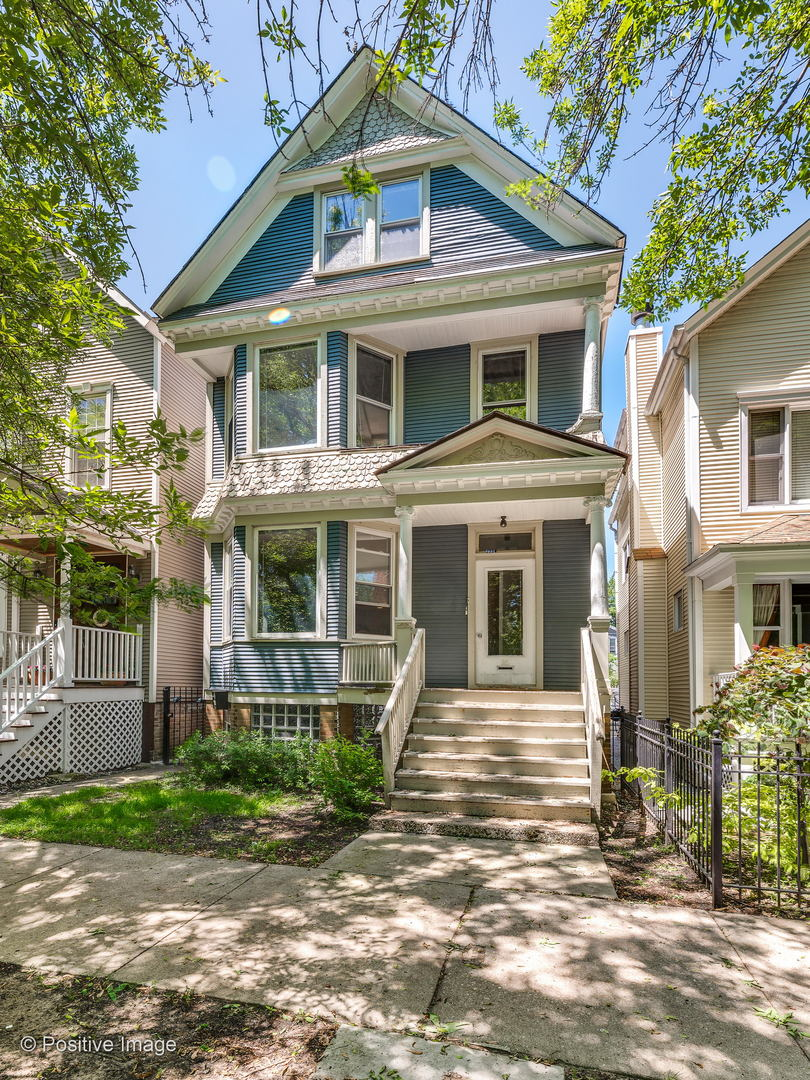 Property for sale at 3934 North Hermitage Avenue, CHICAGO,  Il 60613