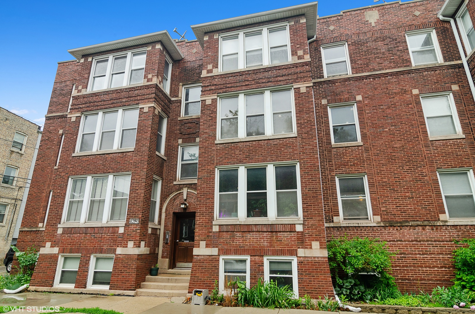 Property for sale at 2942 West Belle Plaine Avenue Unit: 2E, CHICAGO,  Il 60618