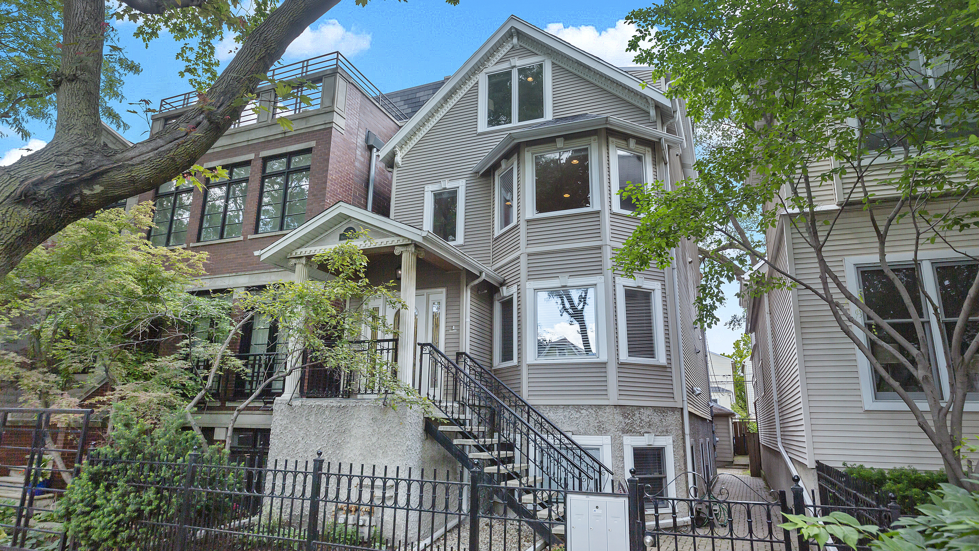 Property for sale at 1518 West Oakdale Avenue Unit: 2, CHICAGO,  Il 60657