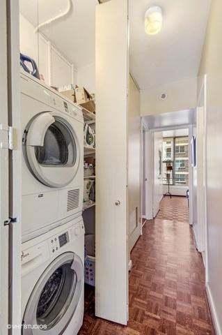 P 1561575756134 12 3200nlakeshoredr unit1701 44 laundryroom lowres