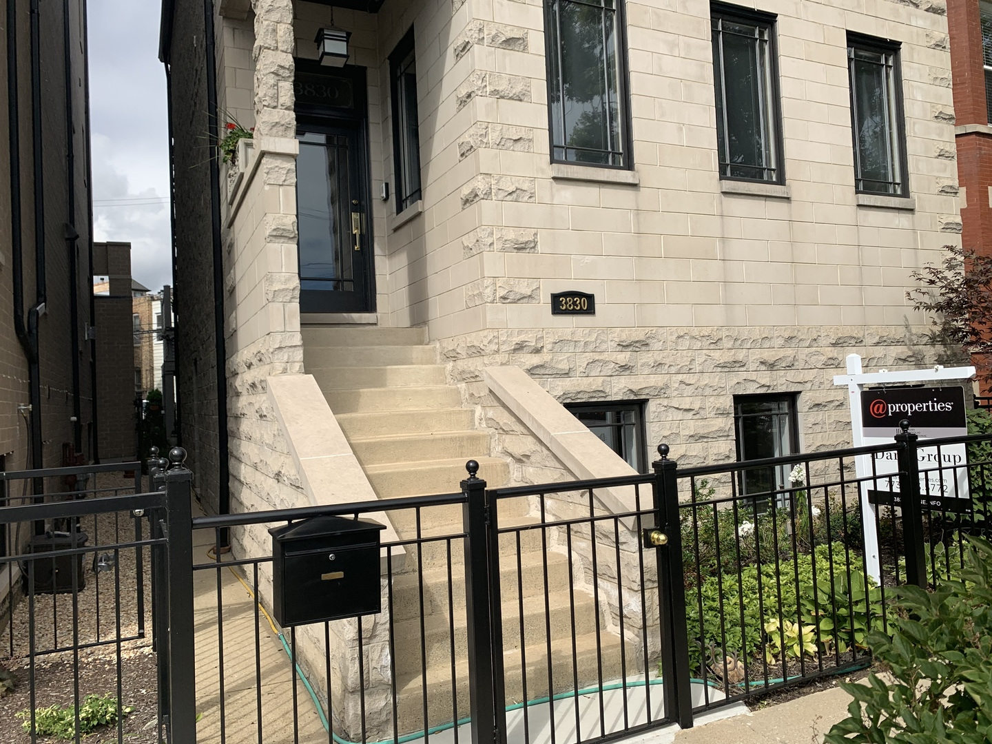 Property for sale at 3830 North Racine Avenue, CHICAGO,  Il 60613