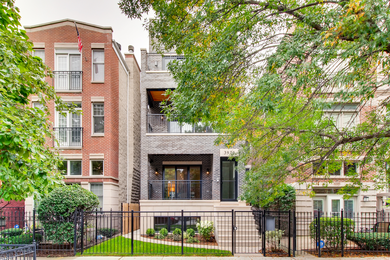 Property for sale at 3930 North Greenview Avenue Unit: 2, CHICAGO,  Il 60613