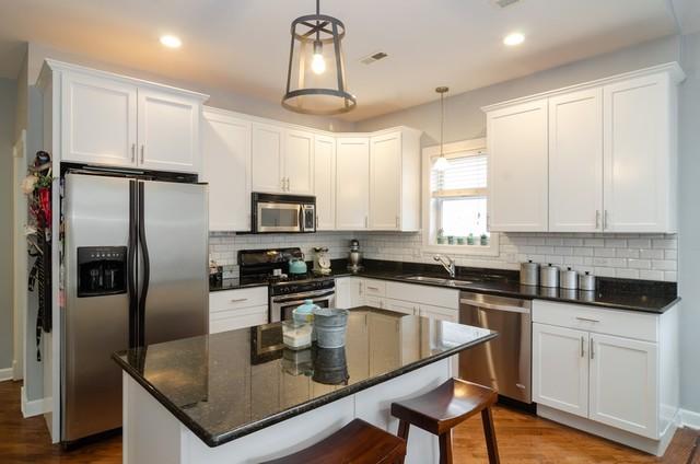 P 1575919300935 3044 oakley kitchen