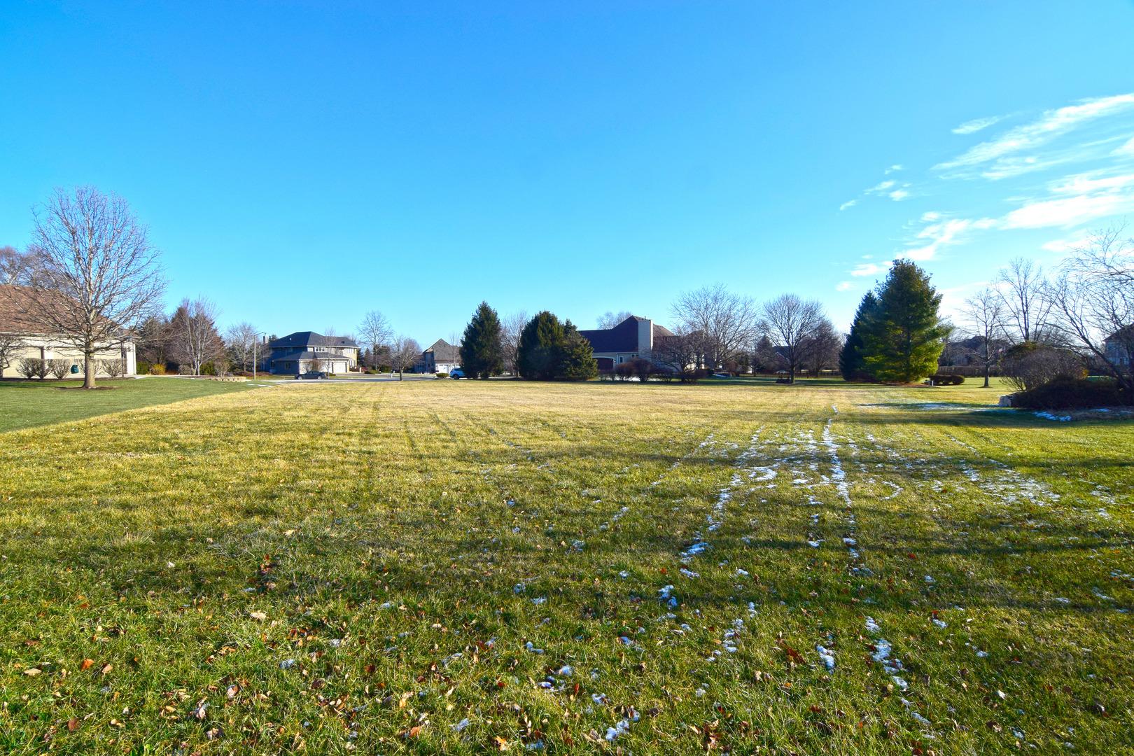 Naperville                                                                      , IL - $350,000