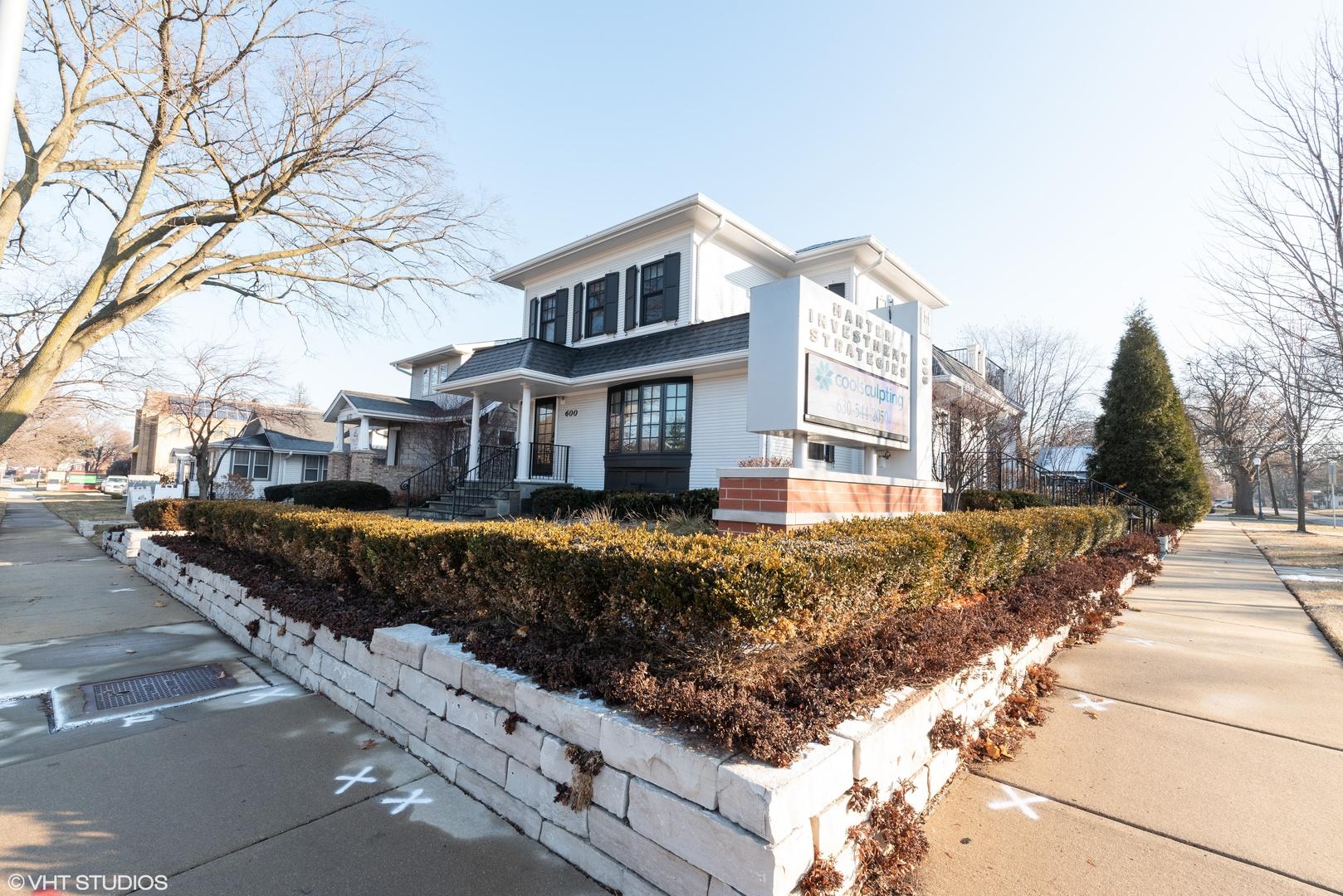 Naperville                                                                      , IL - $4,770,000