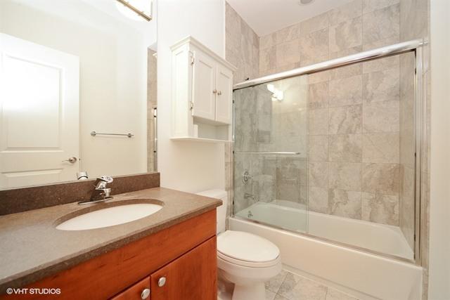 P 1582662820422 10 2547nclark 1n 8 bathroom lowres