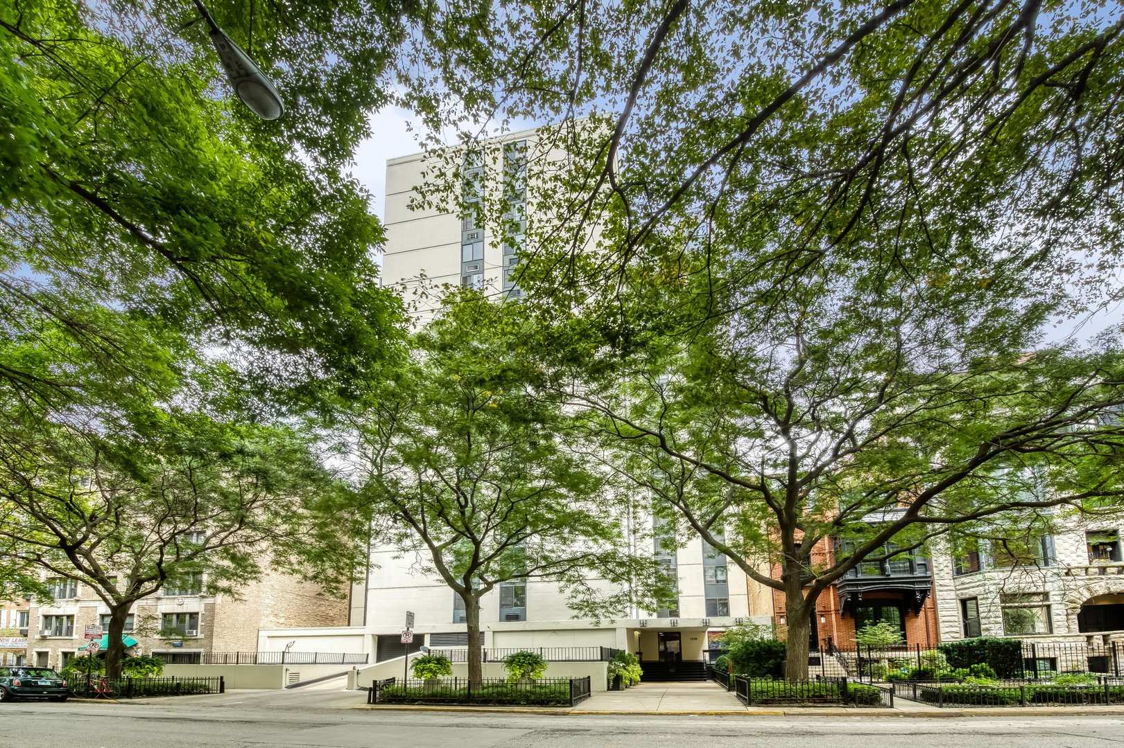 1339 DEARBORN Street, Chicago, Illinois 60610, 2 Bedrooms Bedrooms, ,1 BathroomBathrooms,Attached Single,For Sale,DEARBORN,10910129