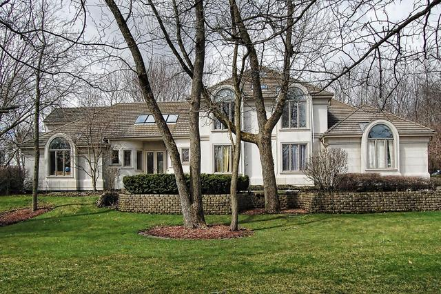 330 South WESTERN Avenue, Lake Forest IL 60045